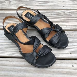 Clark's artisan black leather comfort sandal . 9.5